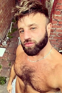 Experimental-Scouse Gay Male Escort Photo 3