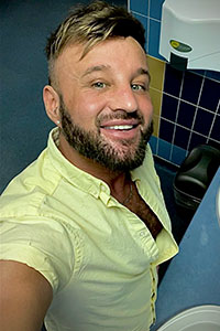 Experimental-Scouse Gay Male Escort Photo 4