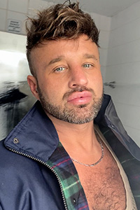 Experimental-Scouse Gay Male Escort Photo 6